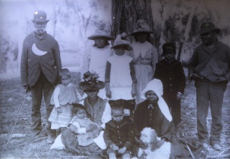lyn aboriginal family