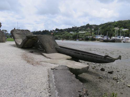 War boat Sculpture