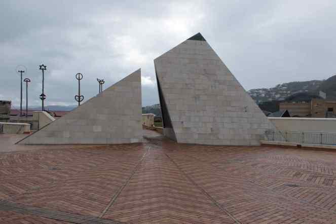 Sculpture Two Islands
