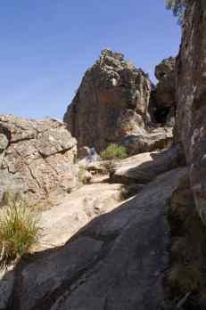 Hanging Rock 1