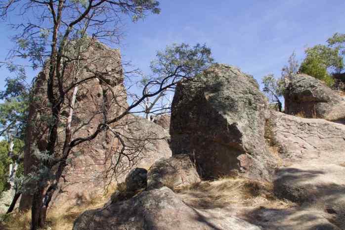 HAnging Rock 4