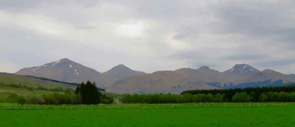 Mountain Panorama - L-R Ben More, Ston Binnein, Cruach Ardrain